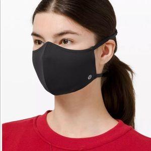 Black Lululemon Mask